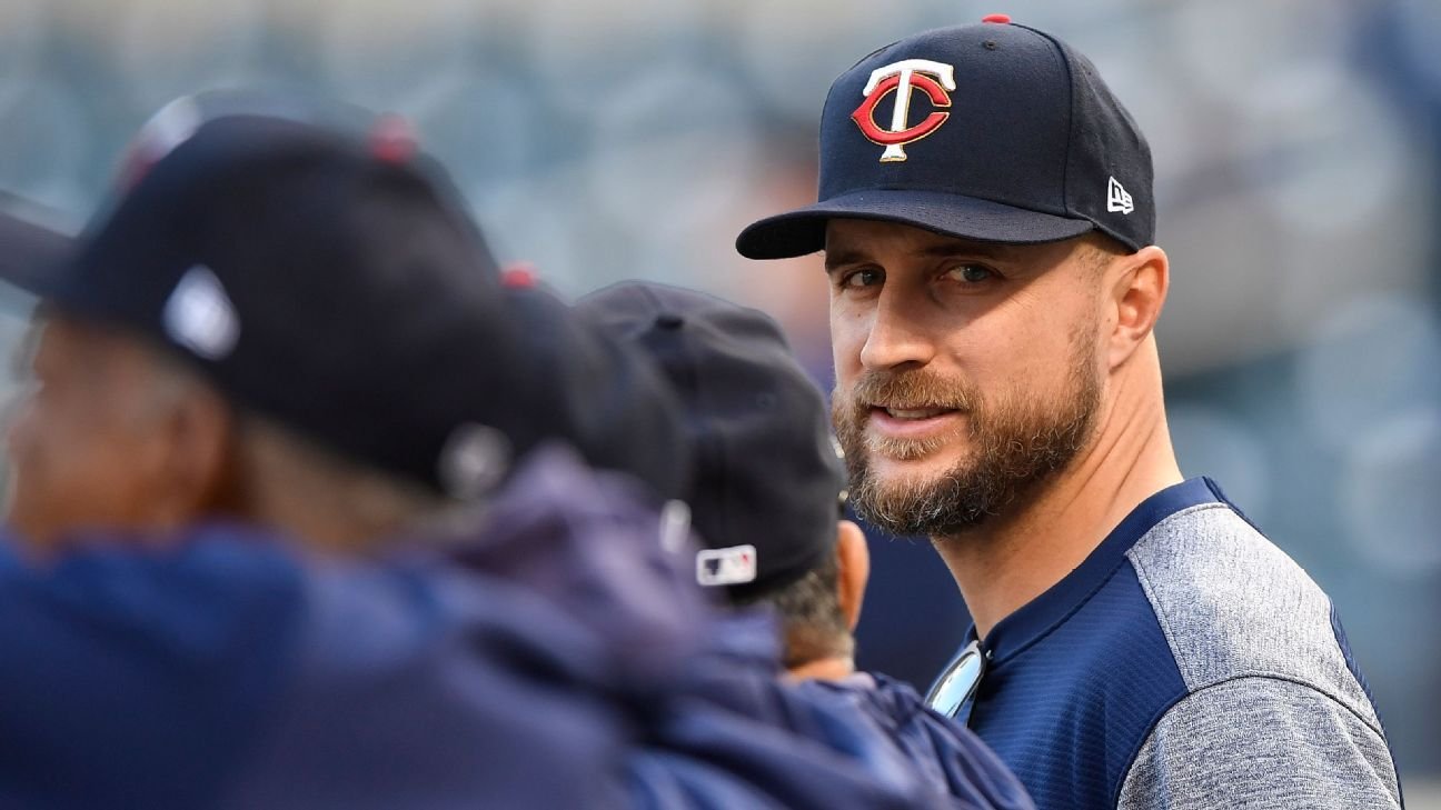 MLB Awards Week: Who will win Manager of the Year?
