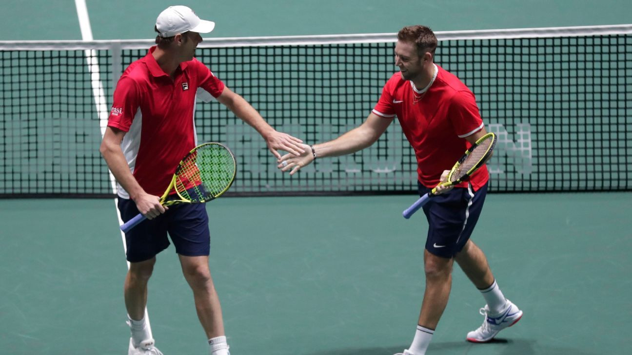 U.S. eliminated from Davis Cup despite 2-1 win over Italy