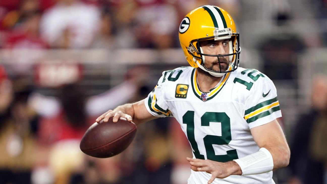 Aaron Rodgers sees 18th hole of career around the bend