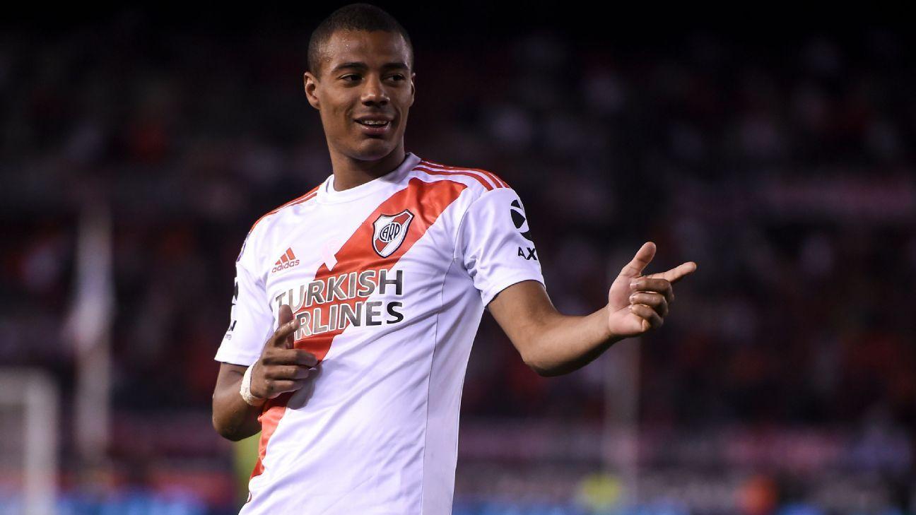 Transfer Talk: Manchester City eye River Plate star Nicolas de la Cruz