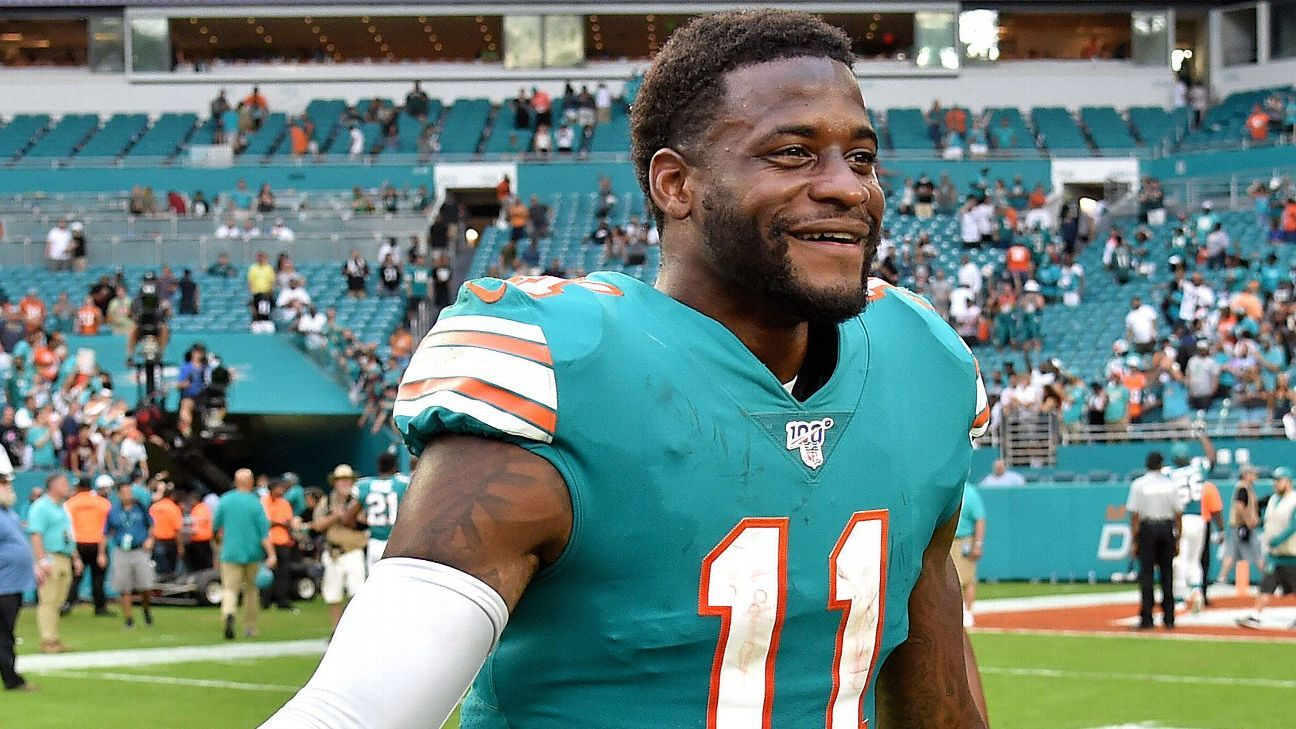 Dolphins sign WR DeVante Parker to 4-year contract extension