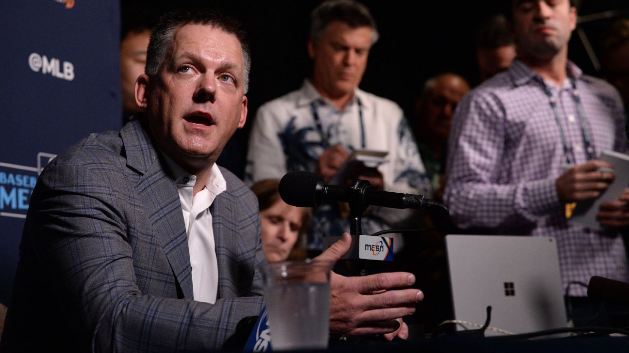 Astros' A.J. Hinch, Dodgers' Dave Roberts address sign-stealing scandal