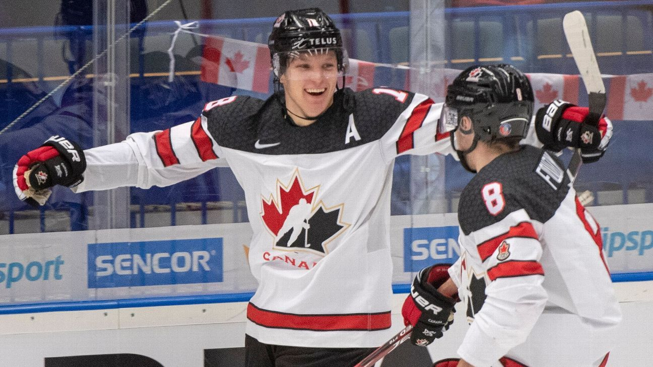 United States wins in OT, Canada bounces back from rout as both reach quarters