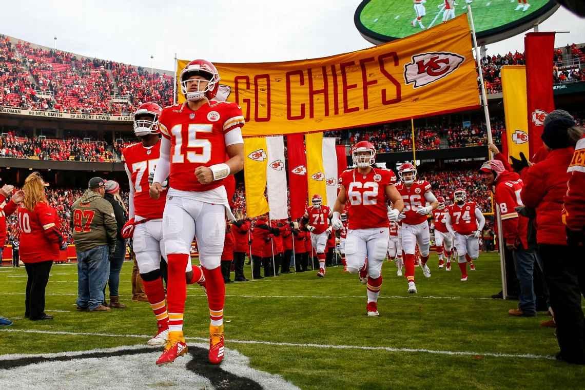 Patrick Mahomes se convirtió en un ícono para la afición de los Chiefs y la  NFL 968c7b65382