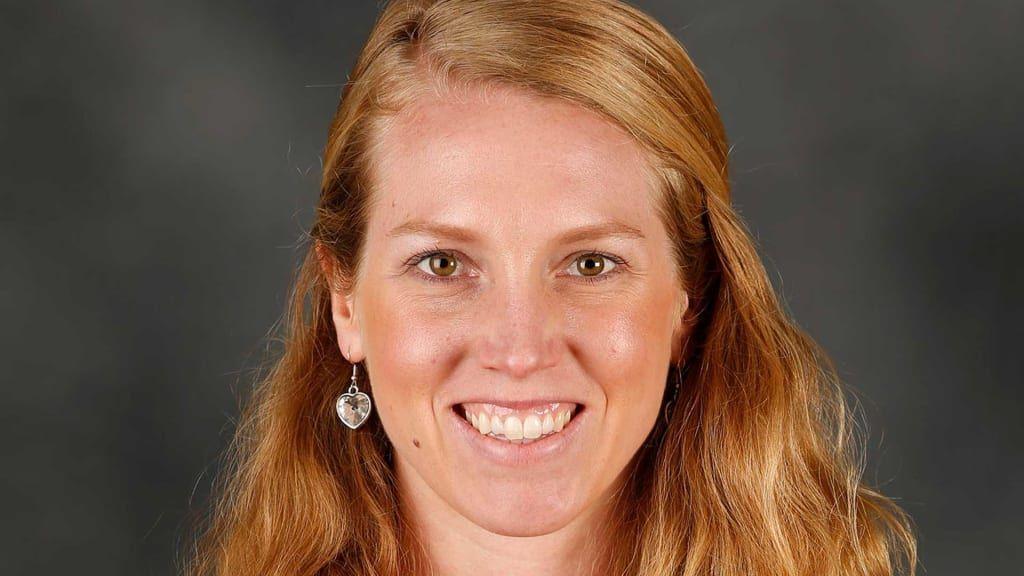 Giants make Alyssa Nakken first female coach in MLB history