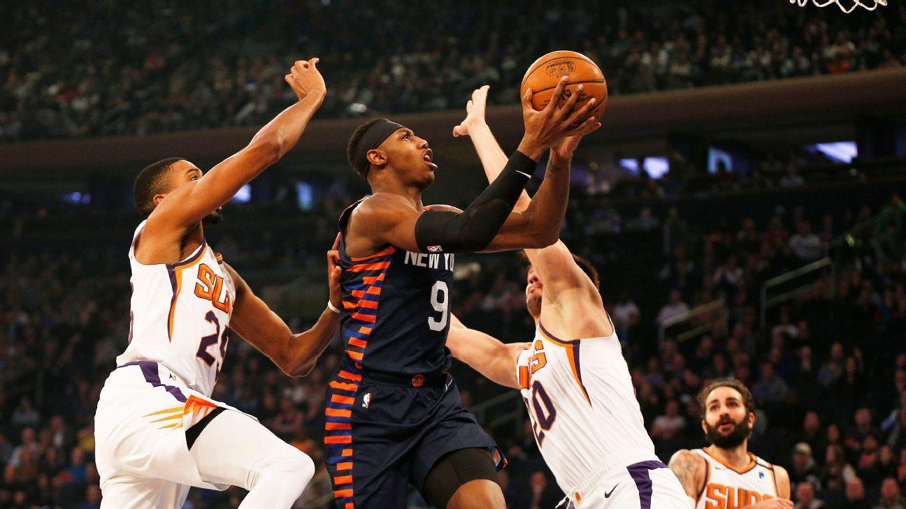 Knicks' RJ Barrett out after spraining ankle vs. Suns