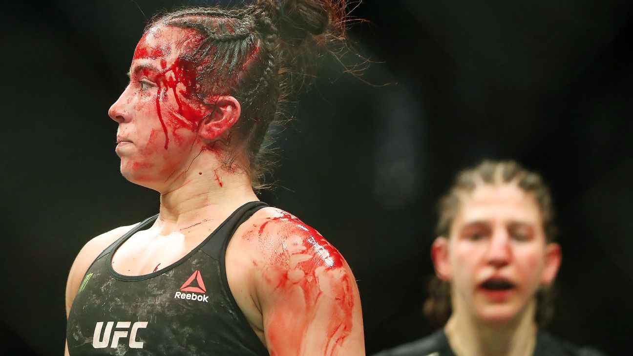 Upstart 21-year-old Maycee Barber injured in stunning loss to MMA pioneer Roxanne Modafferi, 37