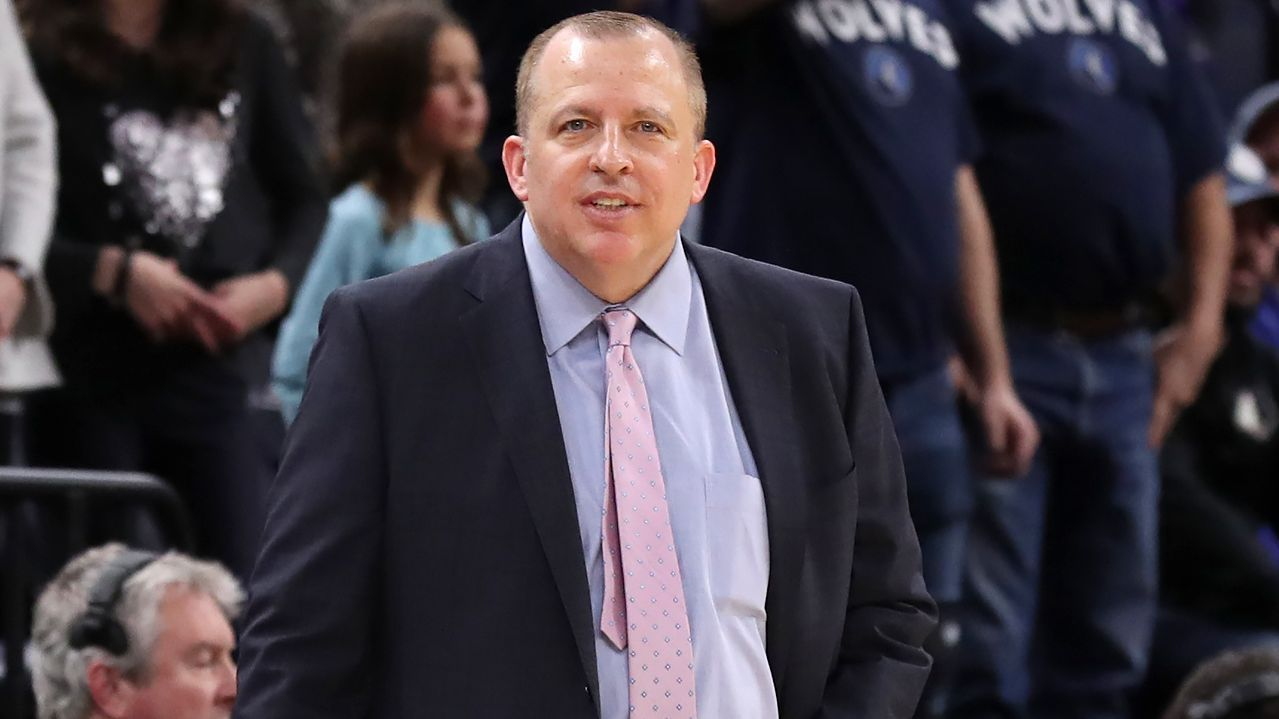 Knicks get first look at new coach Thibodeau