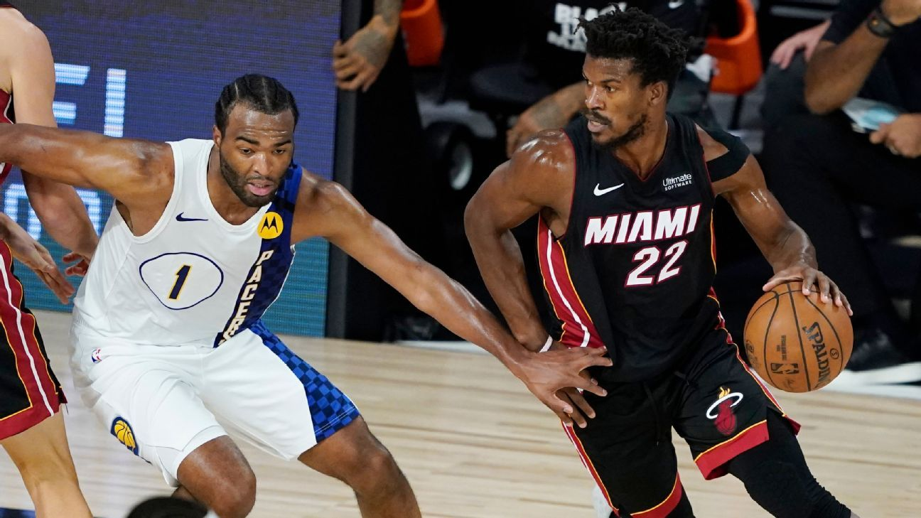 Heat S Jimmy Butler Perseveres In Win Despite What Coach Erik Spoelstra Says Is A Soft Tissue Injury In Shoulder