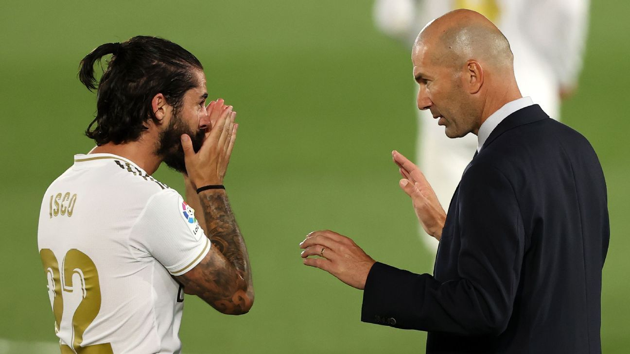 Isco caught on camera mocking Zidane in Clasico