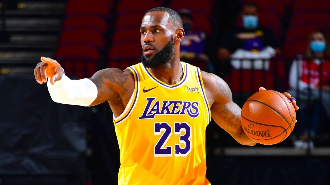 Fans ejected after verbal spat with Los Angeles Lakers' LeBron James in Atlanta - ESPN
