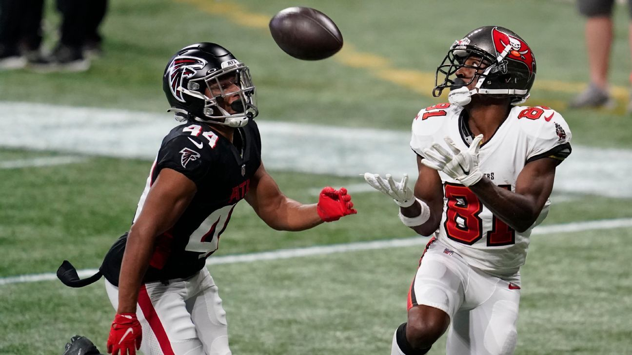 After suspension, knee surgery, Tampa Bay Buccaneers receiver Antonio Brown ready for 'new chapter'