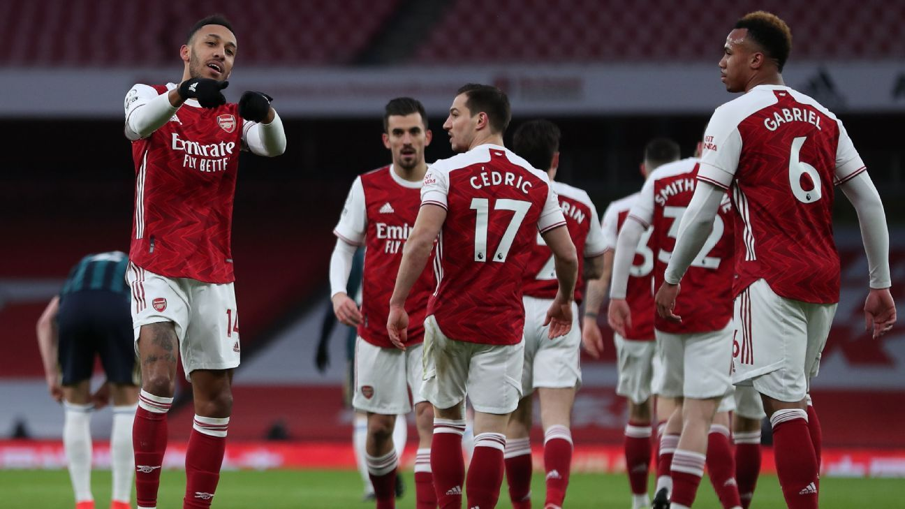 Arsenal survive Leeds scare with Auba hat trick