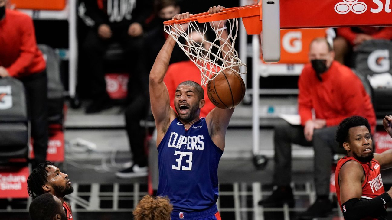 LA Clippers, Nicolas Batum agree to two-year deal, source says