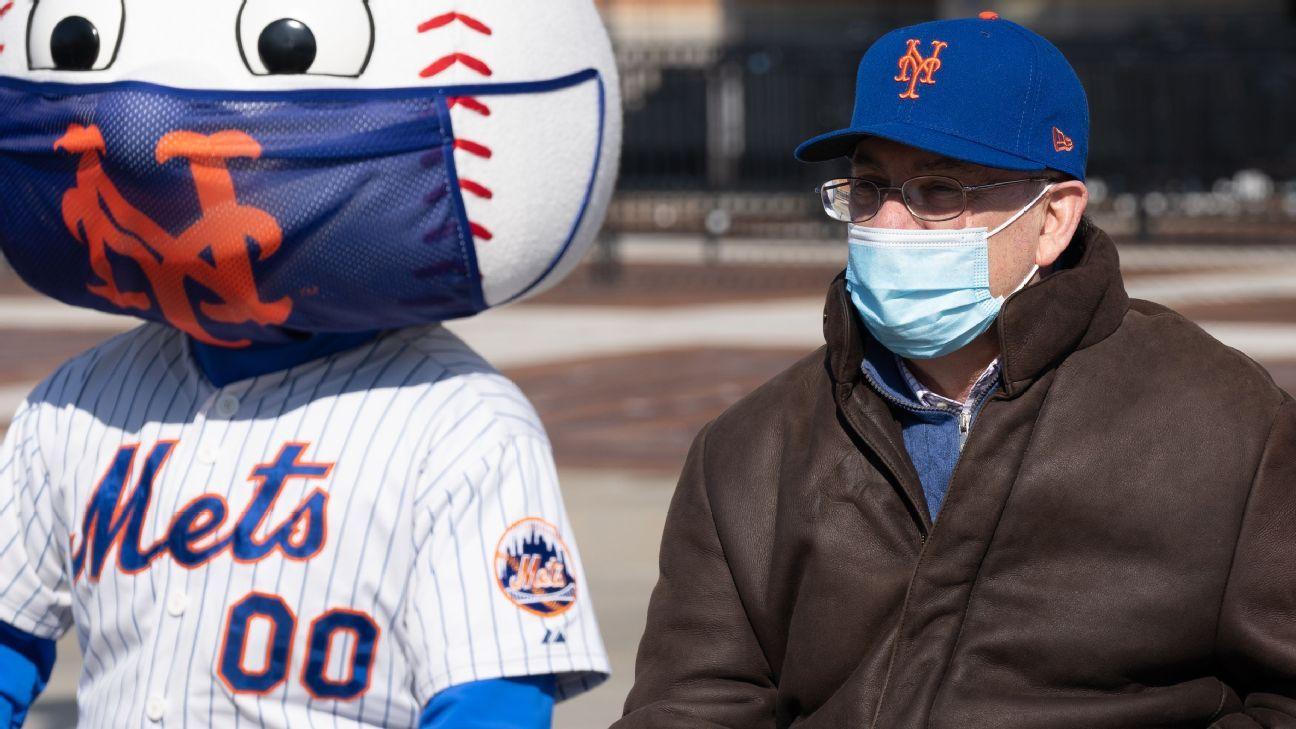 Mets owner pokes 'unproductive' bats amid slide thumbnail
