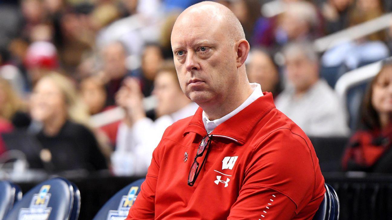 Coaches critical of NCAA volleyball tourney setup thumbnail