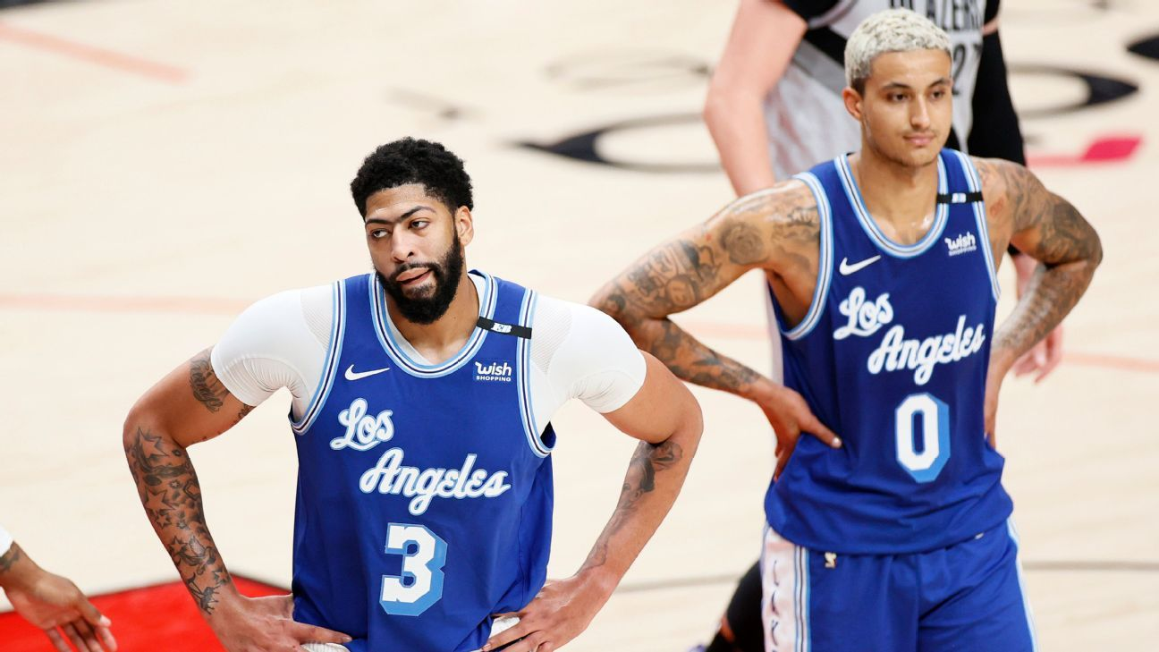 Lakers fall to 7th in West, find hope in AD's night