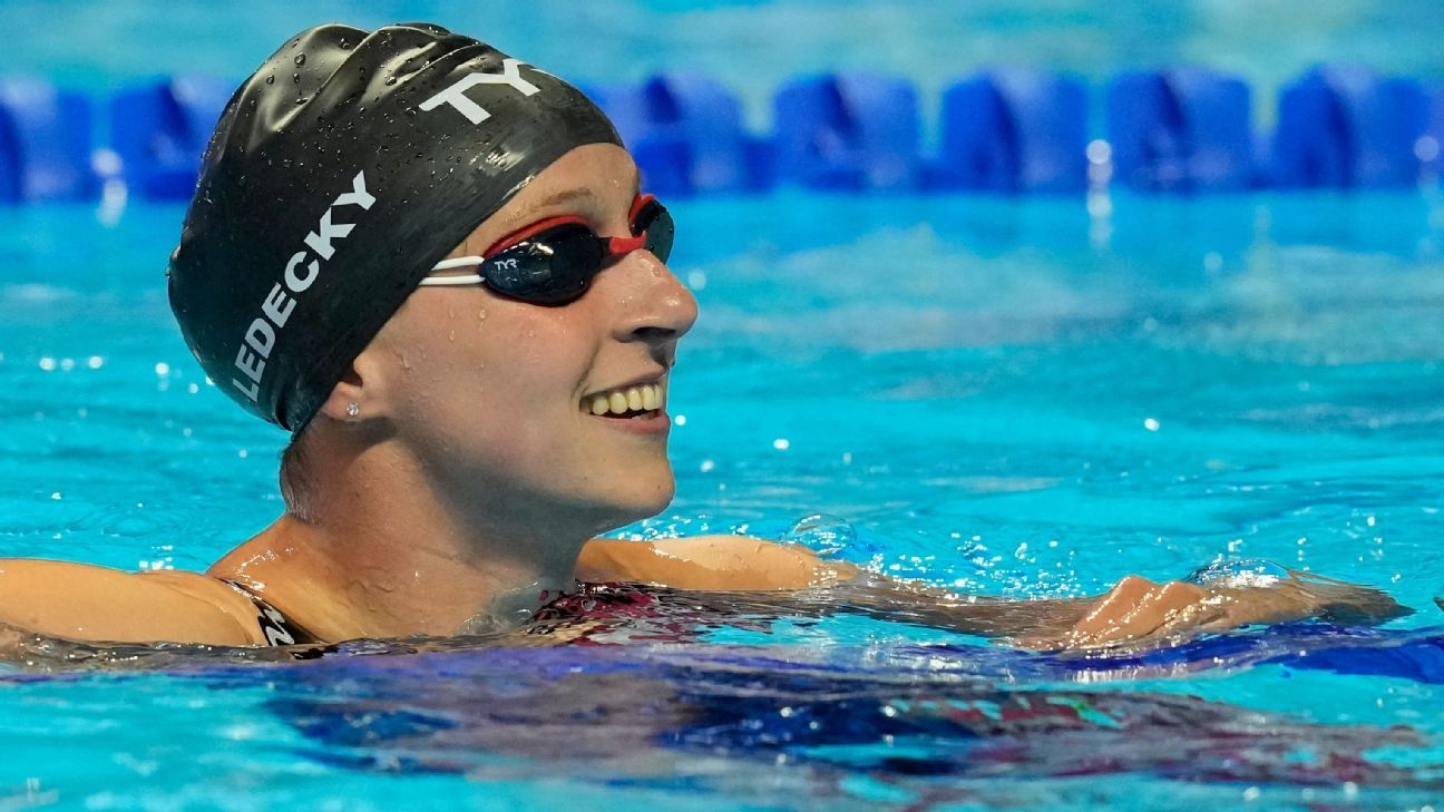Ledecky wins 400 free at trials; Huske takes fly