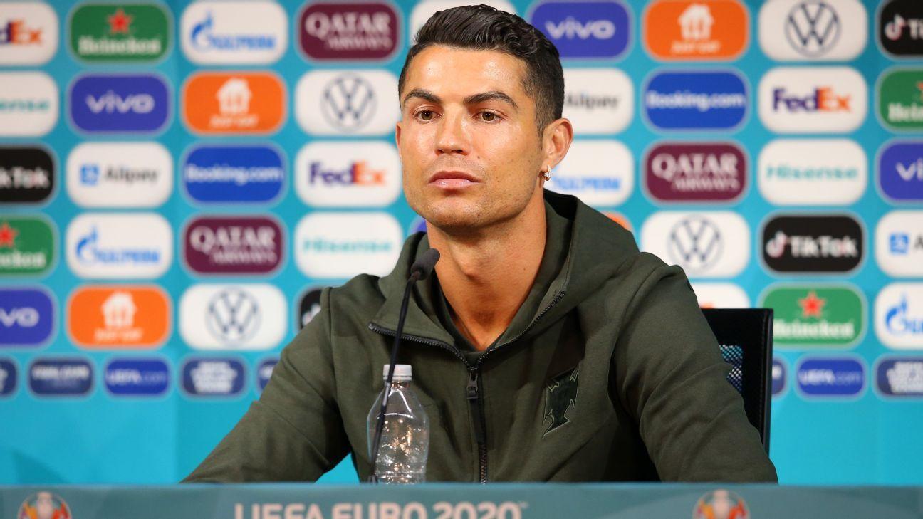 Coke market value falls $4bn after Ronaldo snub