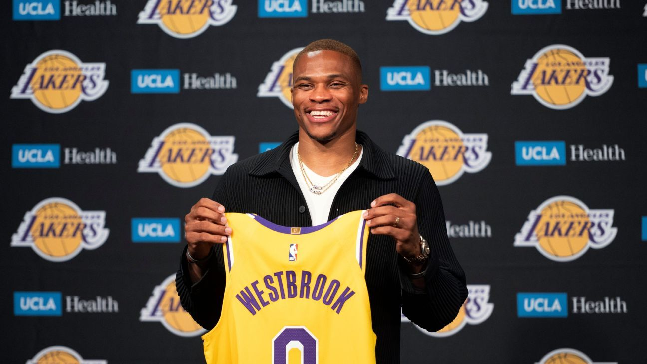 Russell Westbrook's hometown return continues in a new jersey and sport