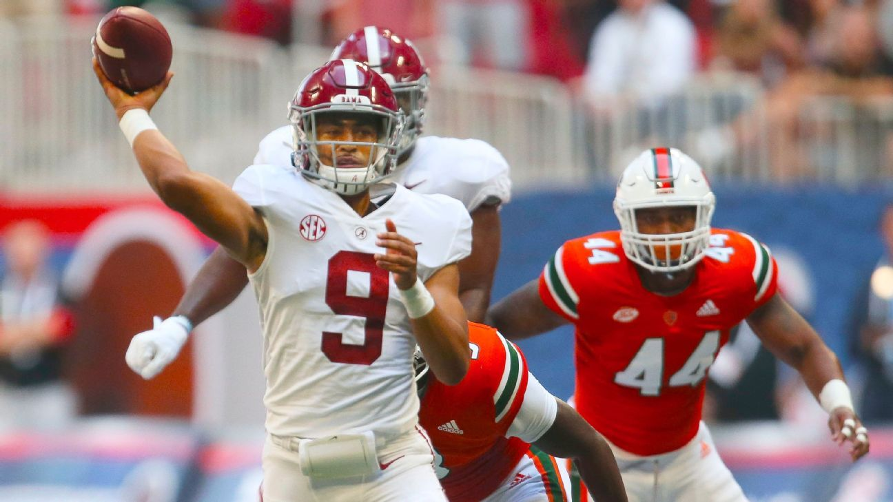 QB Bryce Young sets Alabama Crimson Tide record in debut with 4 passing TDs