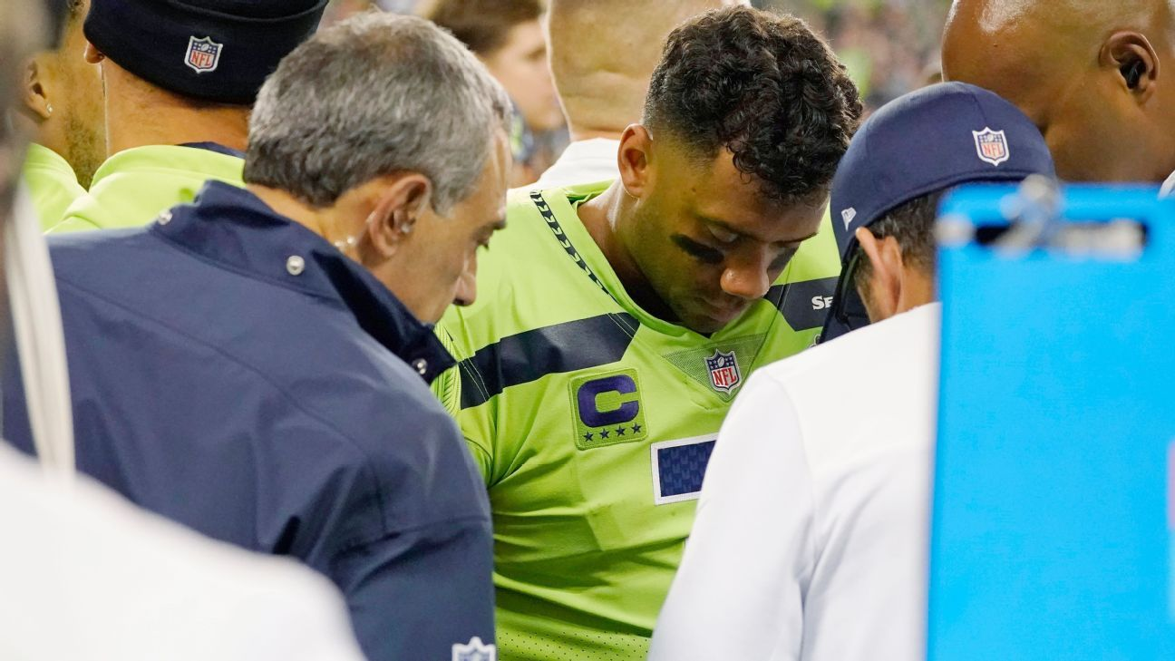 Sources -- Seattle Seahawks QB Russell Wilson could miss four to eight weeks with finger injury
