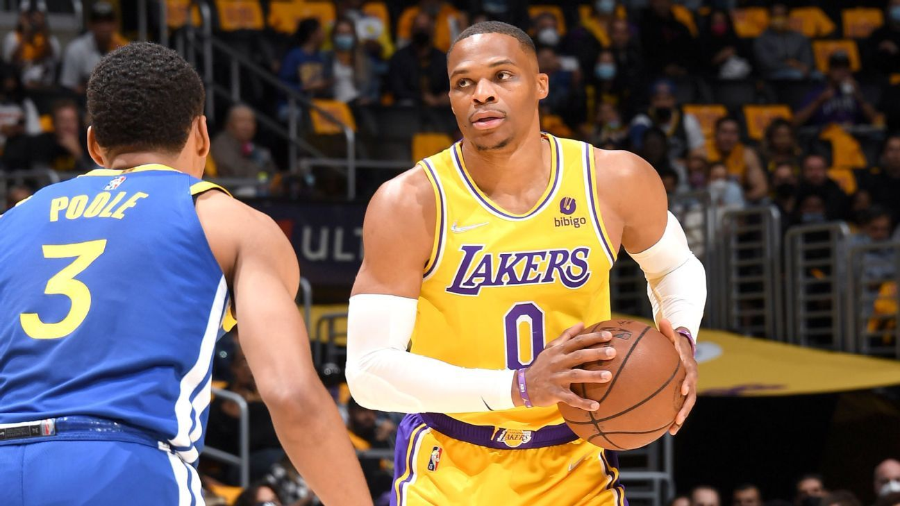LeBron James, Anthony Davis reassure Russell Westbrook after his struggles as Los Angeles Lakers drop opener