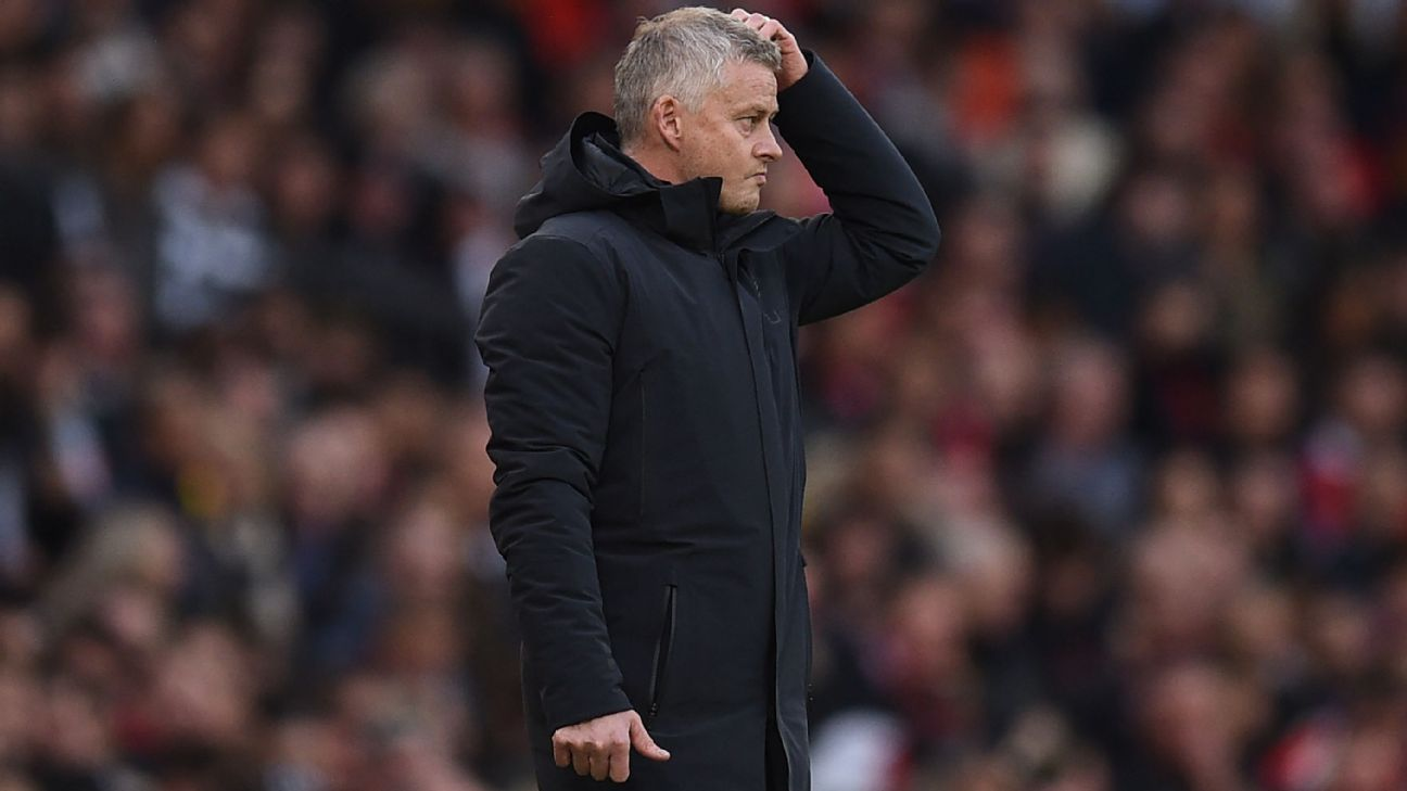 Man United boss Ole Gunnar Solskjaer running out of time after embarrassing loss to Liverpool