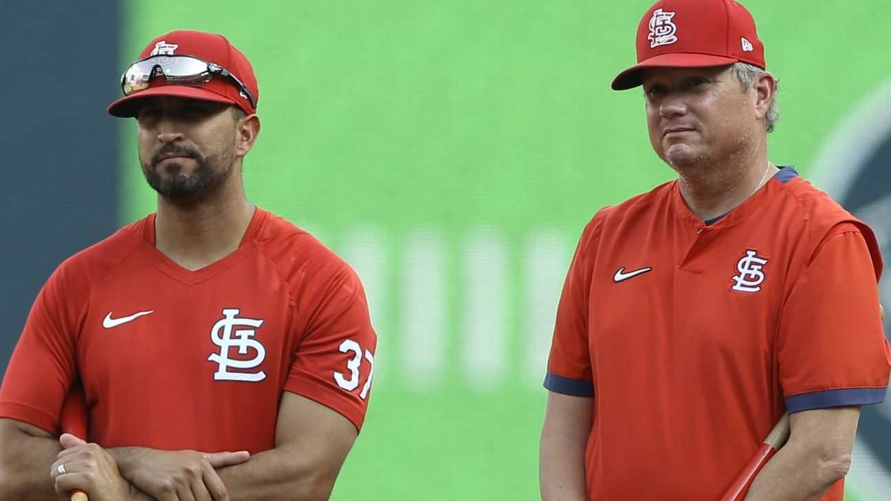 St. Louis Cardinals plan to hire bench coach Oliver Marmol, 35, as next manager, sources say