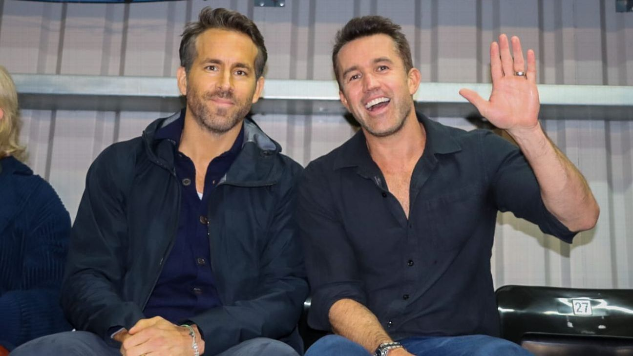 Wrexham owners Ryan Reynolds, Rob McElhenney see first game, team loses