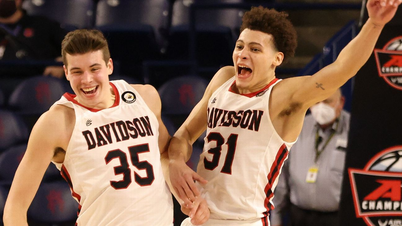 Kellan Grady will leave Davidson, measuring opportunities as a male basketball player, sources say