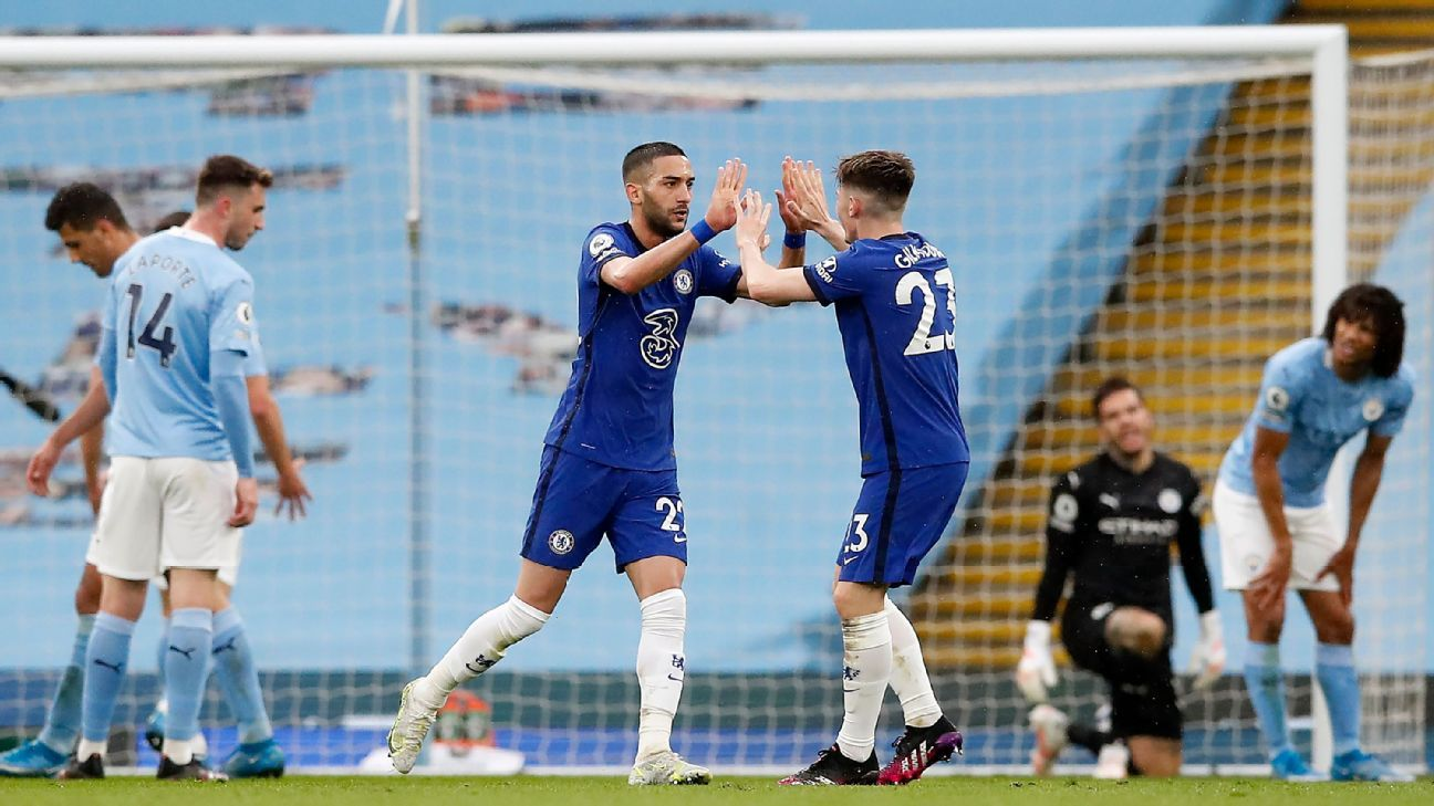 Chelsea delay Man City title party, serve UCL warning